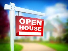 "real estate ""Open House"" sign"